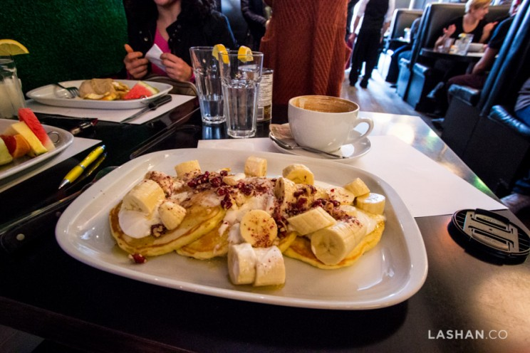 Brunch at L'avenue: Food options are important